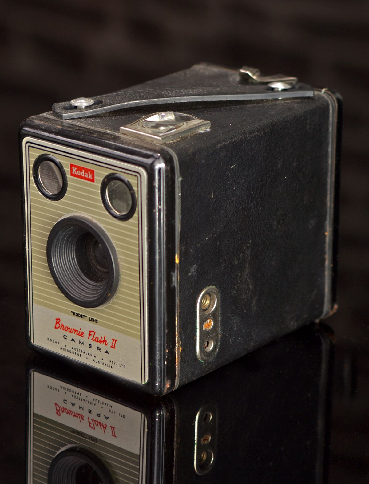 KODAK BROWNIE FLASH II AUSTRALIAN MODEL