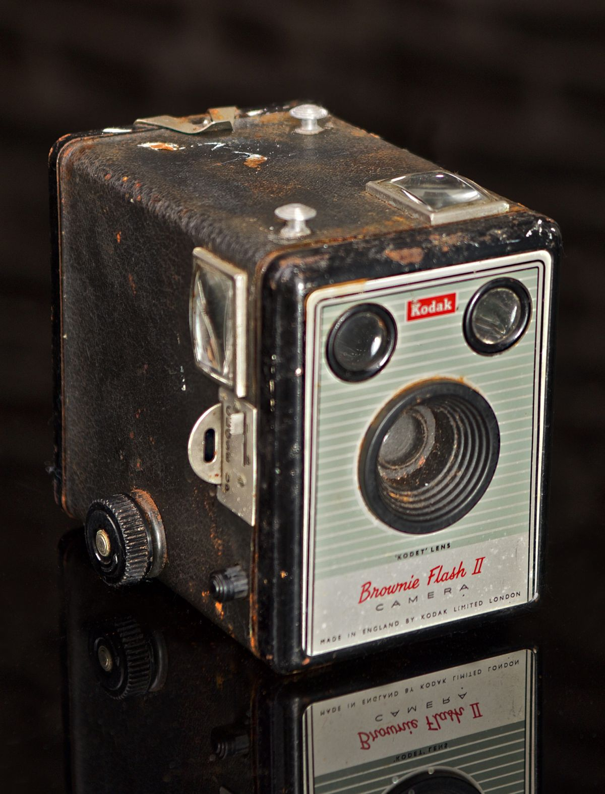 KODAK BROWNIE FLASH II EUROPEAN MODEL