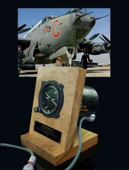 AVRO SHACKLETON SPERRY 6A/3849 Mk3C ARTIFICIAL HORIZON