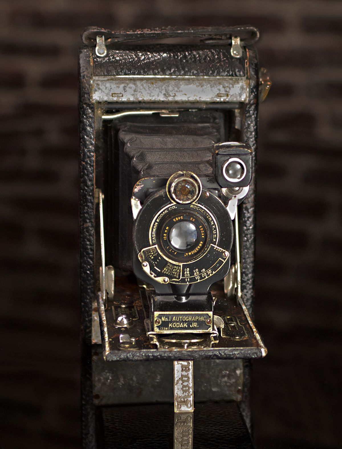 NO 1 AUTOGRAPHIC KODAK JUNIOR CAMERA