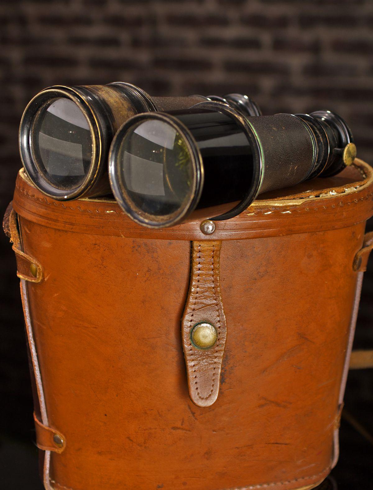 VINTAGE TRIPLE OPTIC BINOCULARS - MARINE, THEATRE & FIELD