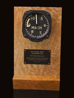 DE HAVILLAND VAMPIRE JET - AIR MINISTRY, Mk IA MACH SPEED INDICATOR