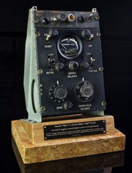 P2-V NEPTUNE SUBMARINE HUNTER AN/ASQ-8 MAD UNIT