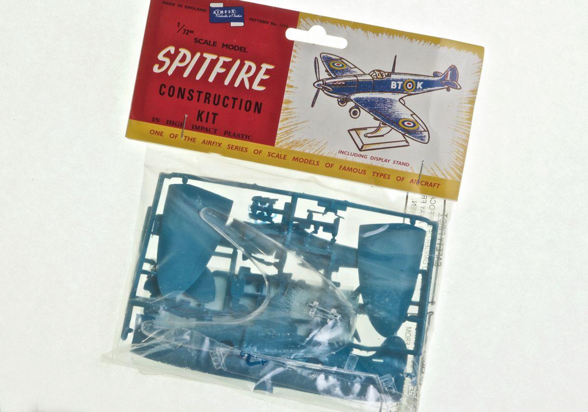 SUPERMARINE-SPITFIRE-MkIA - AIRFIX 1/72 scale