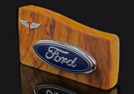 MOUNTED FORD MUSTANG OVAL TRUNK EMBLEM & TICKFORD BADGE