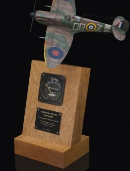 SUPERMARINE SPITFIRE Mk IA 5A/1630 AIR MINISTRY & CROWN 1939 ISSUED AMMETER
