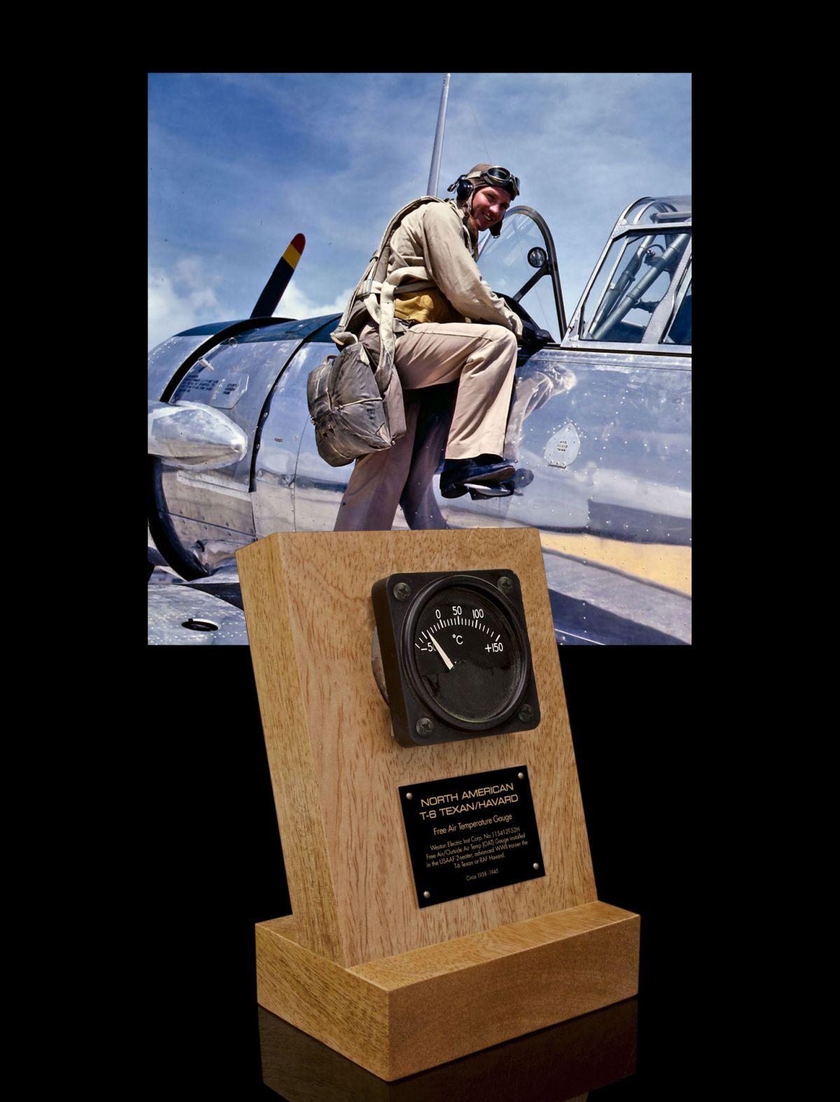 NORTH AMERICAN T-6 TEXAN / HAVARD, FREE AIR TEMP GAUGE