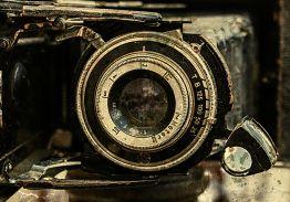 VINTAGE CAMERA & PHOTOGRAPHIC