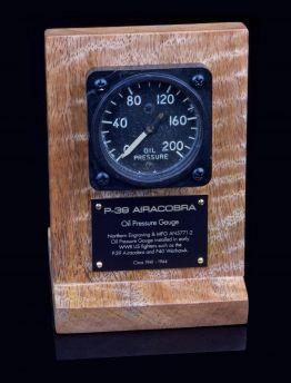 AIRACOBRA OIL PRESSURE GAUGE AN5771
