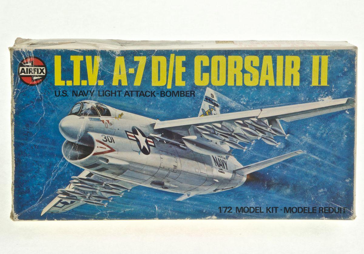 L.T.V A-7 D/E CORSAIR II