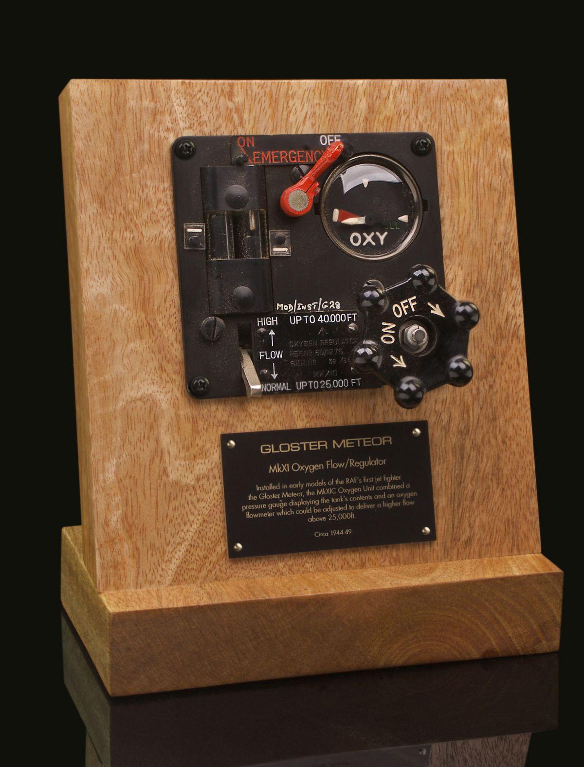 GLOSTER METEOR Mk XIC OXYGEN REGULATOR