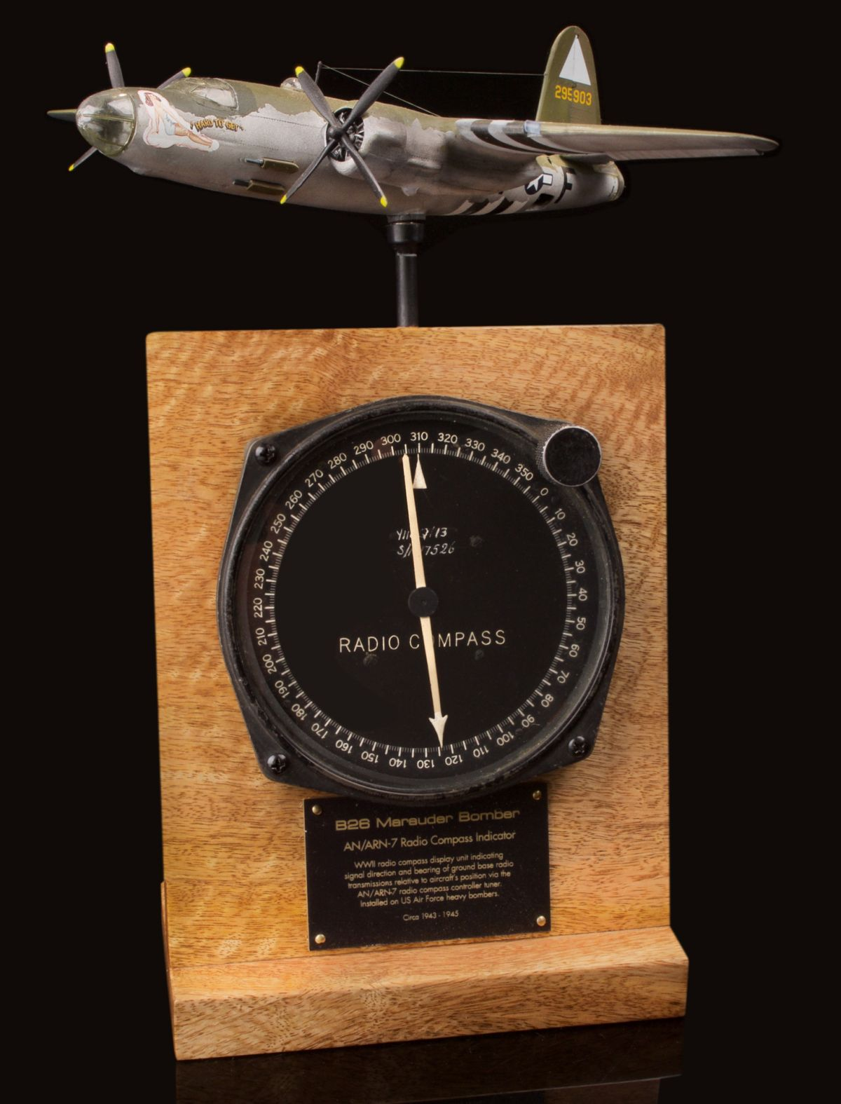 B-26 MARAUDER AN/ARN-7 RADIO COMPASS INDICATOR