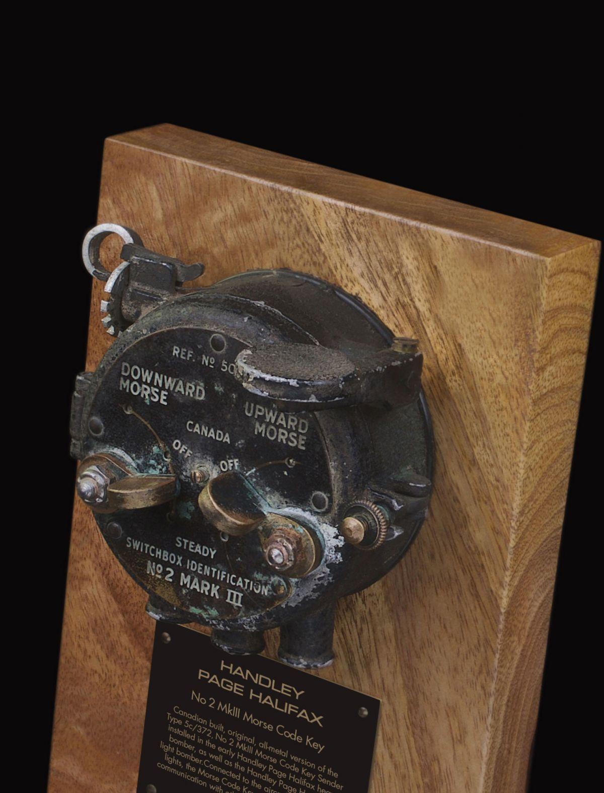 HANDLEY PAGE HALIFAX Mk1A-V, 5c/372 No.2 Mk III MORSE CODE KEY