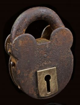 VINTAGE IRON LOCK WITH BRASS KEYHOLE