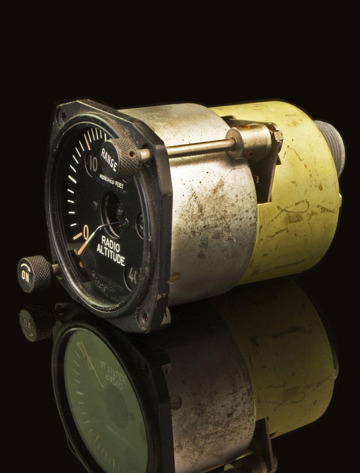 NORTHROP P-61 BLACK WIDOW RADIO ALTITUDE INDICATOR