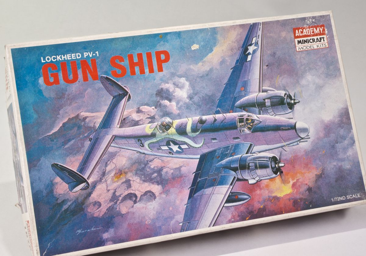 LOCKHEED PV-1 GUN SHIP - 1/72 Scale Academy kit