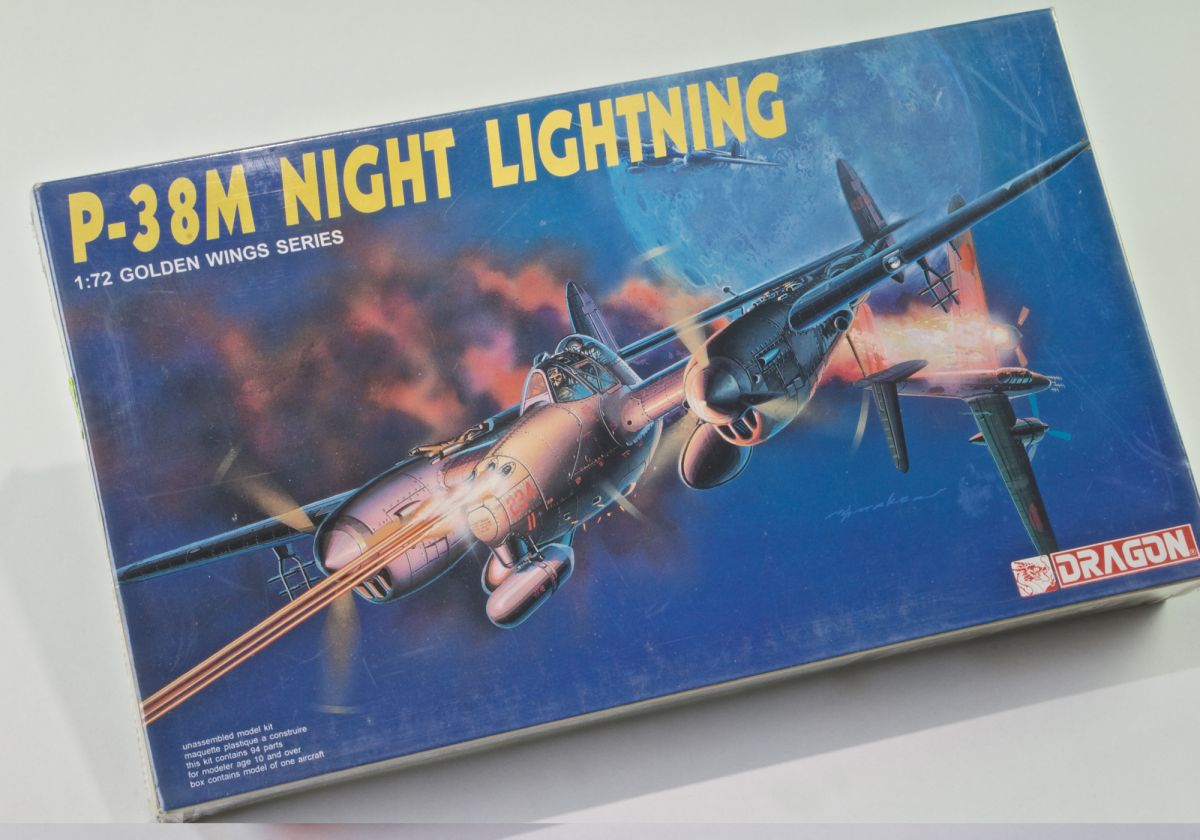 P38 M LIGHTNING 2-SEATER NIGHT FIGHTER 1/72 scale