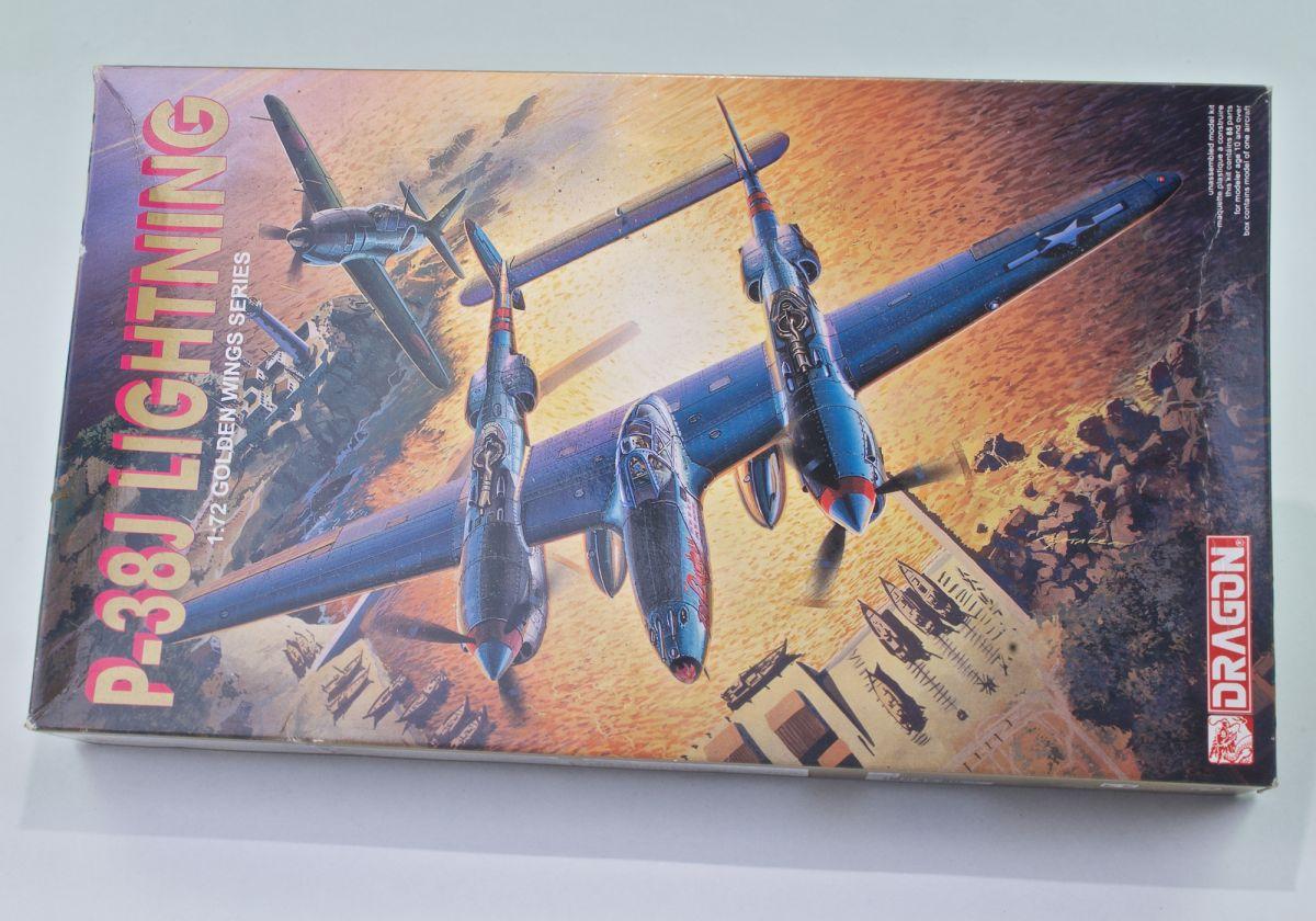 P-38J LOCKHEED LIGHTNING - 1/72 scale vintage model kit