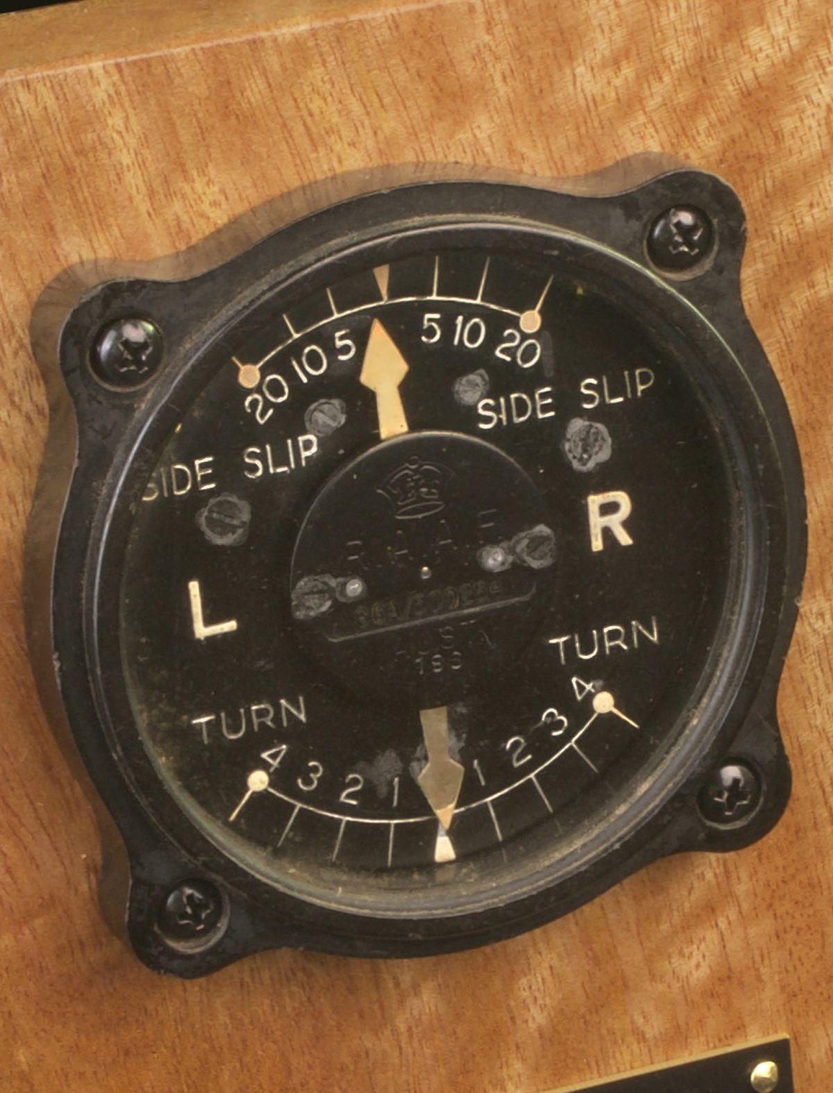CAC BOOMERANG G6A/350254 TURN & SLIP INDICATOR