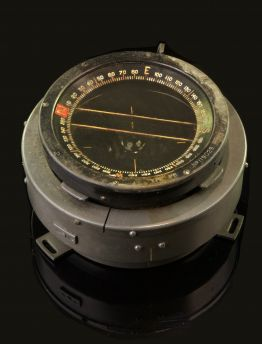 HAWKER TYPHOON TYPE P8 COCKPIT COMPASS