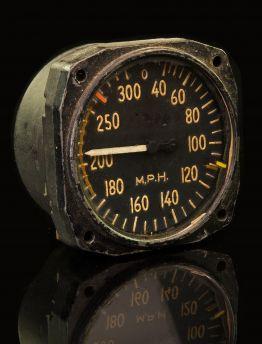 DOUGLAS C-47 SKYTRAIN AIRSPEED INDICATOR