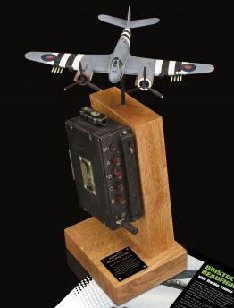 BRISTOL BEAUFIGHTER AIR MINISTRY TYPE 4 VHF COCKPIT TUNER