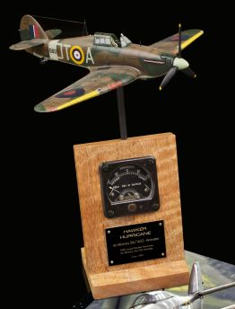 HAWKER HURRICANE 5A/1633 AIR MINISTRY & CROWN 1940 ISSUED AMMETER