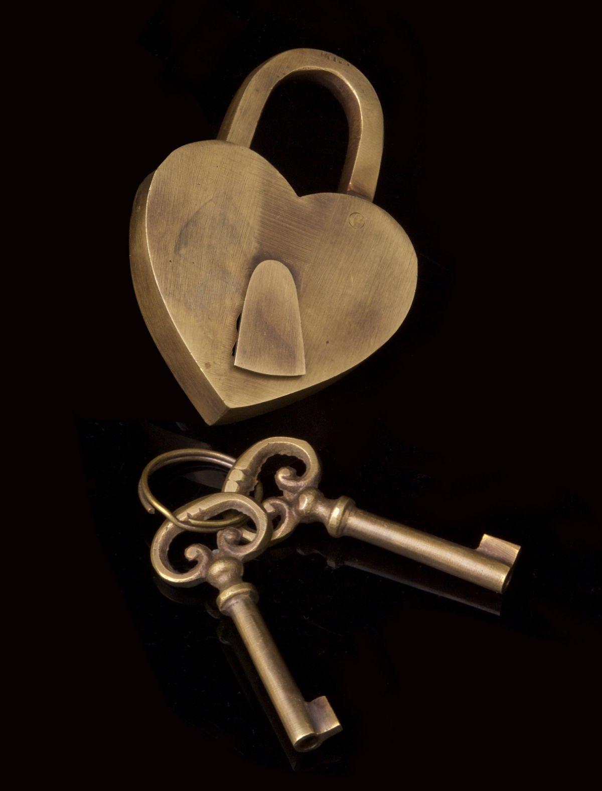 Solid Brass Love Heart Lock