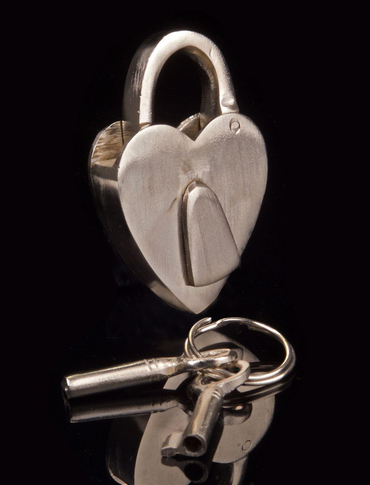 Brushed Steel Love Heart Heart Lock