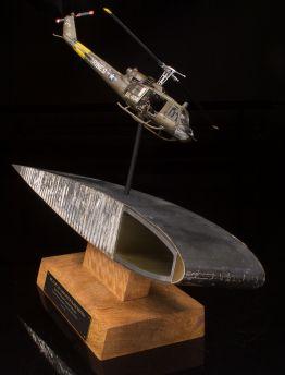 VIETNAM WAR BELL HUEY UH-1 MAIN ROTOR BLADE SECTION