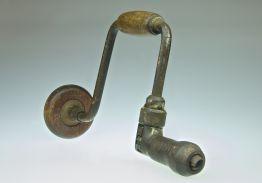 Small vintage drill brace