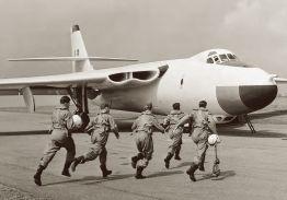 VICKERS VALIANT BOMBER