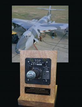 VICKERS VALIANT, NAVIGATION & BOMBING SYSTEM (NBS) TYPE 626 RADAR CONTROL JOYSTICK