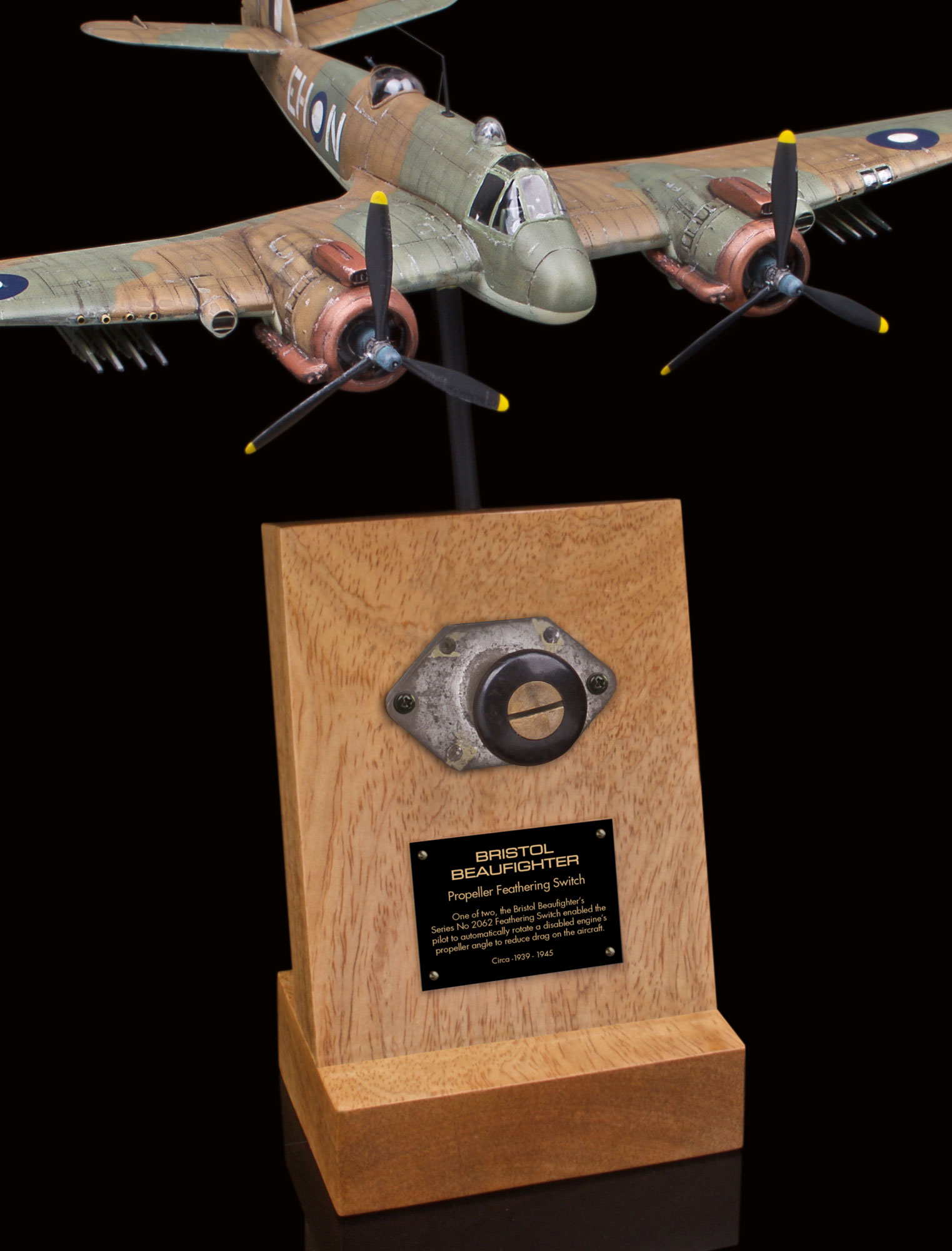 BRISTOLBEAUFIGHTER SERIES No 206 PROPELLER FEATHERING SWITCH