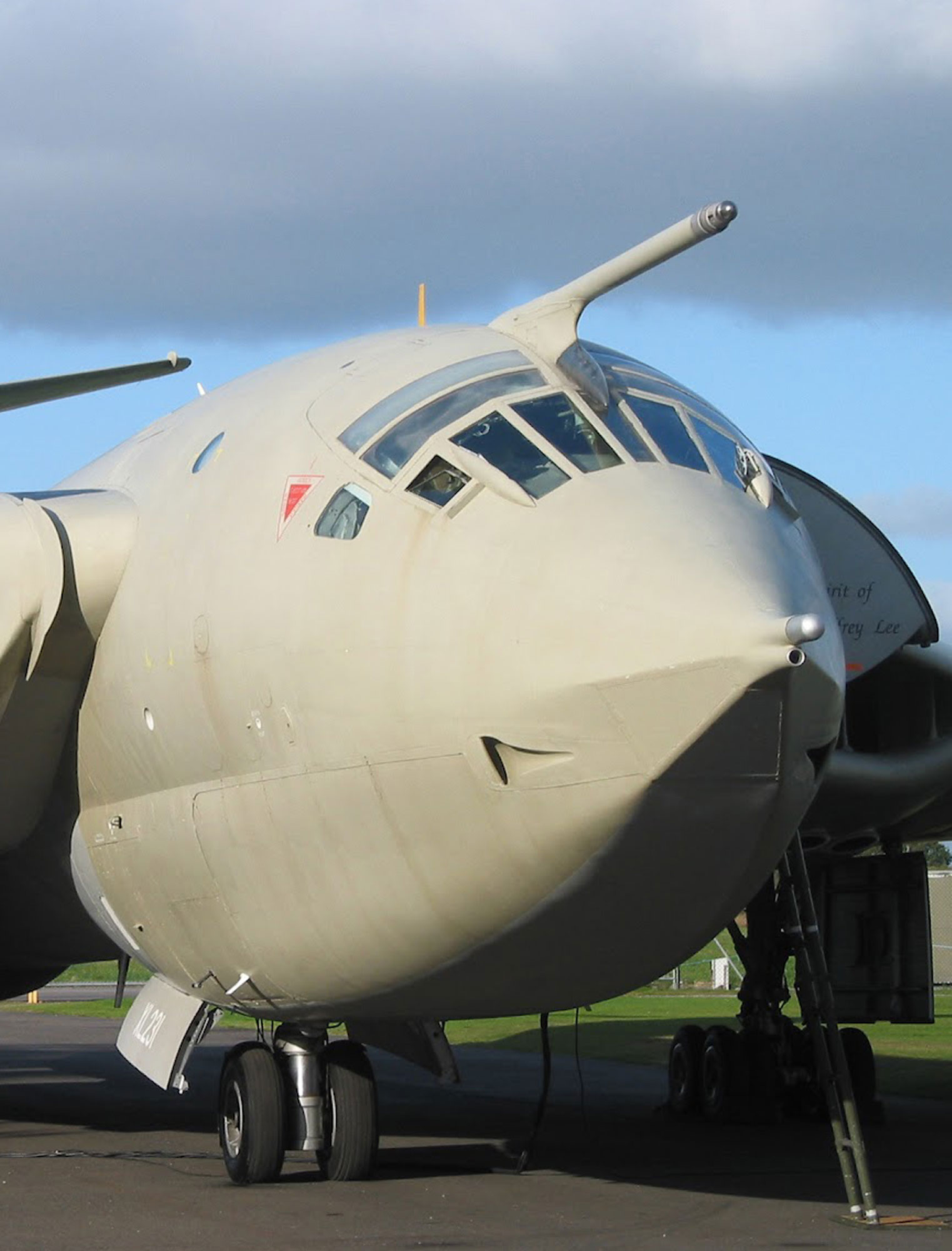 HANDLEY PAGE VICTOR BOMBER 700kt AIRSPEED INDICATOR