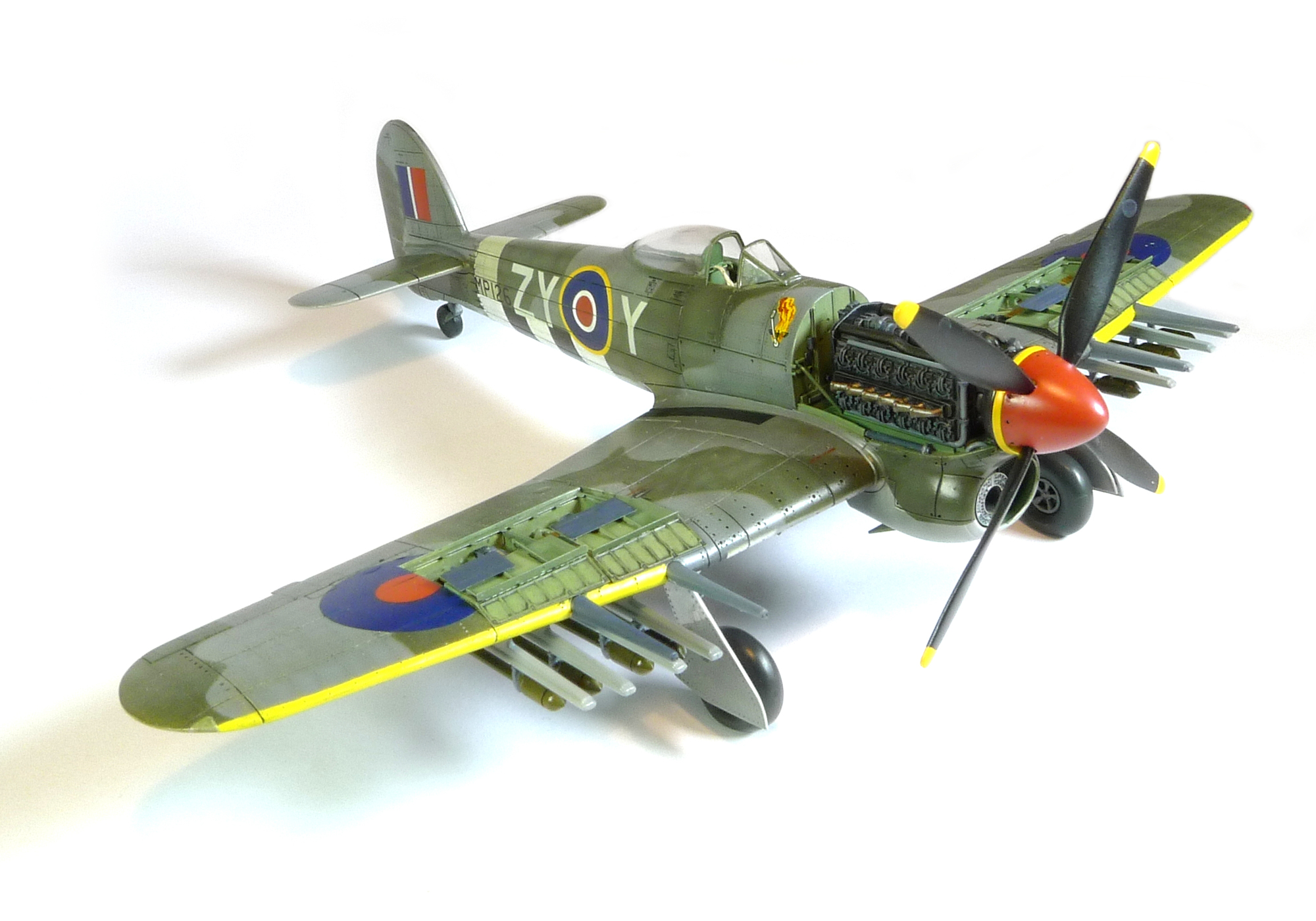 HAWKER TYPHOON IB - AIRFIX 1/72 scale